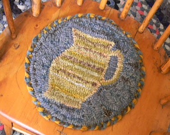 Buttermilk Pitcher Chairpad rug hooking pattern - PDF - from Notforgotten Farm™