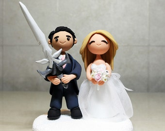 Custom Wedding Cake Topper - Gamer's Topper, Holding High End Iem