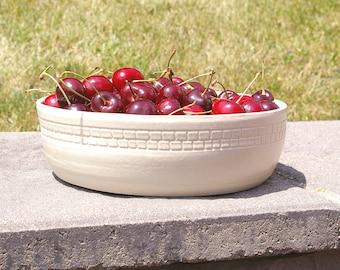 Pottery Bowl, Low White Fruit Bowl, Pottery Housewarming Gift, White serving bowl, Pottery Centerpiece Bowl, Kitchen Decor Bowl