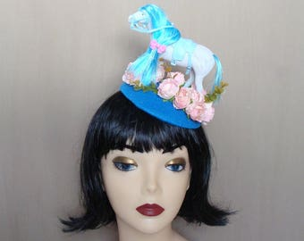 fascinator blue steed