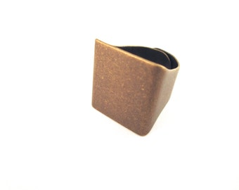 20 unisex 20mm square ring bases, brass plated adjustable rings 262A