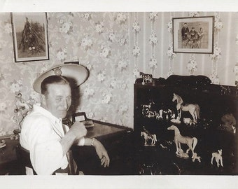 Hilmer Olson ? ~ Mt. Vernon Washington Horse Figurine Collection & Hunting Photos ~ Orig. Vintage Photo