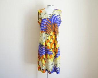 Vintage Handmade Dress / Vintage Floral Dress