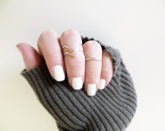Knuckle Ring Set of 3 Silver Above Knuckle Rings 2 Chevron 1 Band Adjustable Midi Stacking Dainty