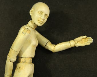 Twelfth scale doll, articulated, posable figure, 'Old Ivory' Twelvemo, life-like mannequin, your own personal everywoman