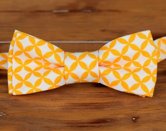 Boys Orange Bow Tie - orange white circular print cotton bowtie, baby bow tie, boys bow tie, toddler bow tie, ring bearer bow tie, wedding