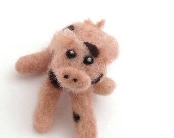 Spotted piglet - Felt animal - Needle felted pig