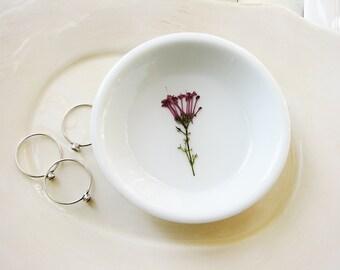Flowers Ring Dish, Purple Flower Ring Dish, Jewelry Storage, Ring Dish, Nature Bowl, Trinket Holder, Naturalist Gift, Small Organizer