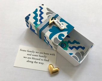 Like Family Message Box/Gift Box with fabric gift bag