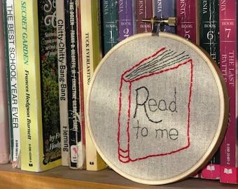 Read to Me Hoop Art