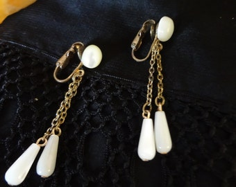 Vintage Clip on Earrings Pearly White Finish