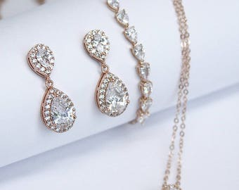 Cubic Zirconia Pear Drop Jewelry Set Tennis Bracelet Cocktail Jewelry Best Gifts For Her