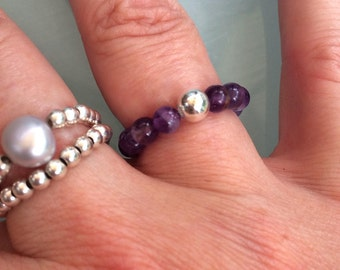 AMETHYST STRETCH ring Sterling Silver or 14 K Gold Fill bead - February Birthstone jewellery gift