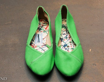 Vintage Bright Green Canvas Flats by Browsabouts Size 6