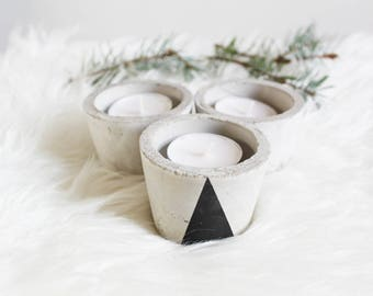 Trio of candle holders made of concrete (Black Triangle)
