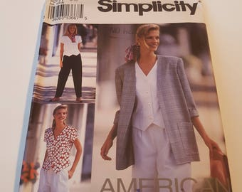 Vintage Simplicity Sewing Pattern 8239 Misses' Pants or Shorts, Top and Unlined Jacket in Size 6, 8, 10