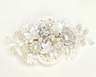 Bridal Hairpiece- Bridal Hair Accessory- Rhinestone & Pearl Bridal Comb- Wedding Comb-Floral Hairpiece- Lace Hair Accessory-Bridal Hair Comb