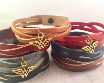 Wonder Woman Bracelet, Super Woman leather bracelet, Triple braided leather bracelet, Black leather Charm Bracelet, Gift for Mother, for her