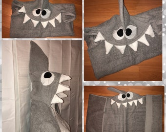Shark hooded towel, shark beach towel, shark pool towel, shark bath towel, personalized shark towel, child or adult, new baby gift
