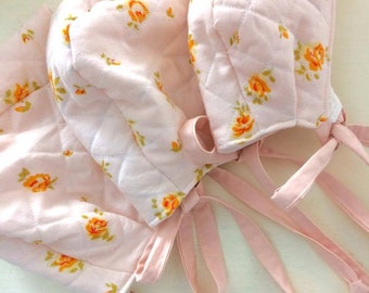 SALE| Quilted baby girl bonnet| Pink vintage floral cotton| Lined with reclaimed pale pink flannel.