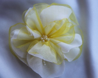 White Flower Hair Clip, Yellow Flower Hair Clip, Bridal Hair Flowers, Wedding Hair Flowers, Fabric Flower Brooch, Flower Hair Clips