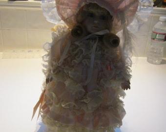 Bradley Doll Rafina -am original collectible