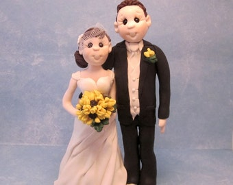 Custom wedding cake topper, personalized cake topper, Bride and groom cake topper, Mr and Mrs cake topper, anniversary cake topper