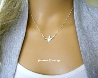 Tiny  Bird Necklace - Bird Necklace - Silver Bird - Graduation Gift - Bridesmaids Gift - Mother Necklace - Sisters
