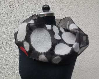 Loop scarf made of black organza with different sizes of dots in white Nuno
