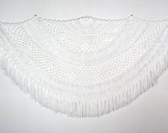 "86"" x 46"" | vintage 70s white shawl / fringed knit shawl / vintage white crocheted shawl, white fringe shawl, oversized shawl, wedding shawl"