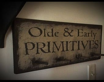 Handmade peg rack-Olde and Early Primitives