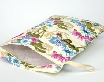 Wet bag,Diaper bag,Wet/Dry Nappy Bag,Water resistant bag with zipper pockets,Waterproof bag,Beach bag