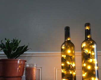 Dark Green/Brown Bordeaux Wine Bottle Light