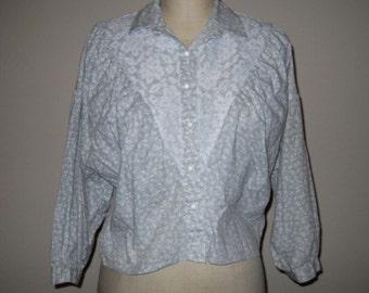 10 DOLLAR SALE!  Gray Lace Vintage Prairie Top