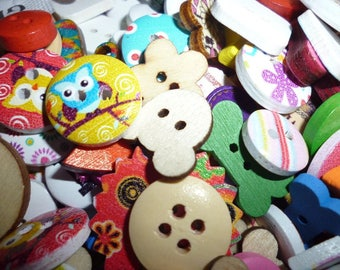 Mixed lot Craft buttons pack of 30 Assorted random wooden lots of buttons