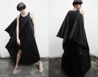 Black asymmetrical maxi dress/ avant garde maxi dress/ loose fitting dress/ one size dress/ japanese style dress/ oversized dress