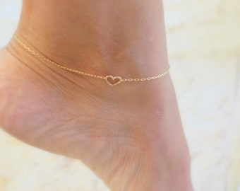 Tiny heart Anklet, Delicate anklet, dainty  anklets, thin gold anklet, ankle bracelet, dainty anklet, bridesmaid gift, summer, beach