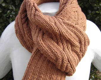 Colored chestnut cable scarf