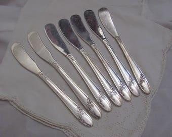 Queen Bess Knives - Set of 7 Silver Plate Spreader Knives - Queen Bess II Pattern