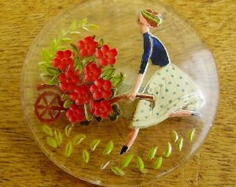 Vintage retro 1940s/1950s Goofus Intaglio painted glass lady gardener brooch