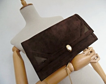 SUEDE, THE BEAUTIFUL . Art Deco Geometric Convertible Shoulder Bag Golden Chain Clutch Brown Suede Leather 50s