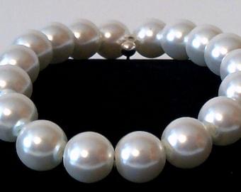 White Glass Pearl Stretch Bracelet