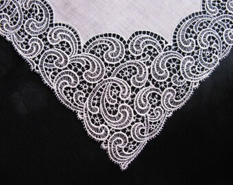 Lace Handkerchief, Antique Cream Off White Wedding Hankies Linen, Gift for Bride, Bridal Hankerchief