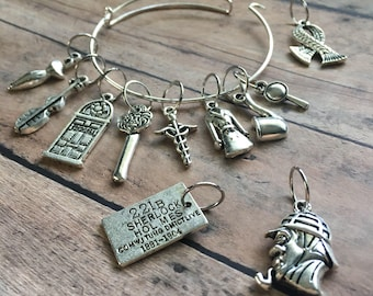 Stitch Marker Bracelet - Sherlock Holmes - set of knitting markers/jewelry for you and your project bag