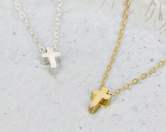 Cross charm necklace • Dainty christian necklace • Dainty cross necklace • Gold or Silver cross necklace • Cross necklace for kids