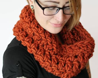 Chunky Cowl, Orange Cowl, Orange Scarf, Fall Scarf, Chunky Knit, Chunky Knit Scarf, Chunky Wool Scarf, Crochet Cowl, Wool Neck Warmer