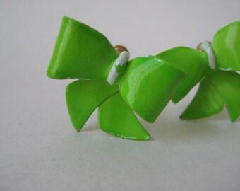 Bow Green Earrings Screw Clip Chartreuse Enamel Vintage