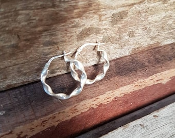 Vintage Silver Hoop Earrings , Sterling Silver , Ladies Classic Twist Hoops , Medium Size , Gifts For Her