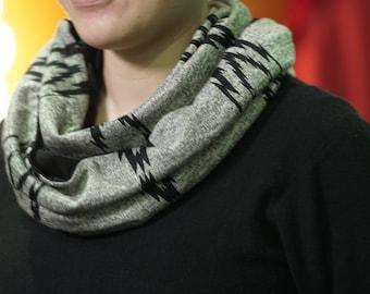 Infinity scarf grey