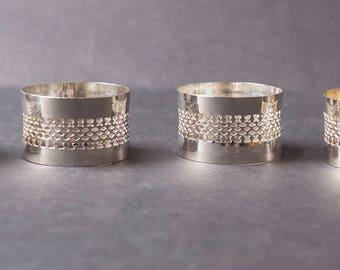 4 Vintage napkin rings